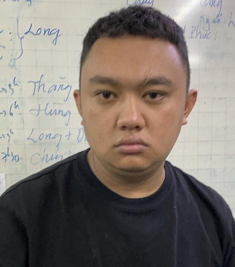 Bắt thanh niên lừa đảo chiếm đoạt tài sản của tài xế Grab ở Trung tâm thương mại Saigon Center - Ảnh 1.