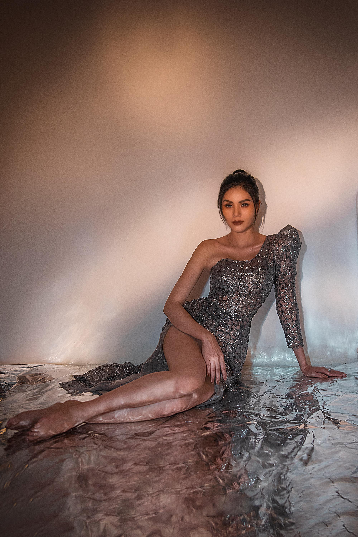"""Hoa hậu châu Á Kim Nguyên: """"Tôi chọn lối sống kín kẽ để luôn thấy bình yên"""" - Ảnh 2."""