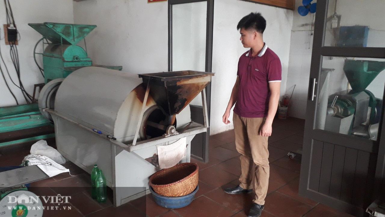 Thanh niên bỏ công việc nhiều người mơ ước về ép ra thứ nước béo ngậy nhà nhà đều dùng - Ảnh 1.