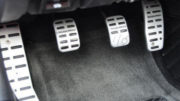 Kinh nghiệm sử dụng phanh ô tô đặc biệt hữu ích với chị em - Ảnh 4.
