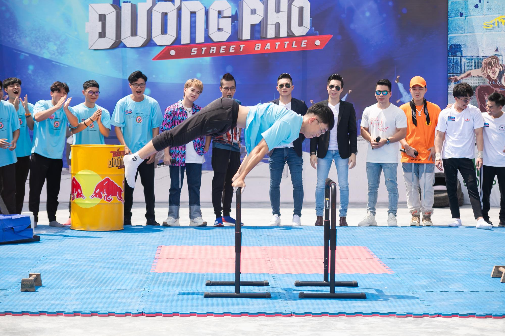 Quốc Cơ - Quốc Nghiệp lần đầu làm giám khảo, đặt mọi kì vọng vào tương lai của xiếc Việt  - Ảnh 2.