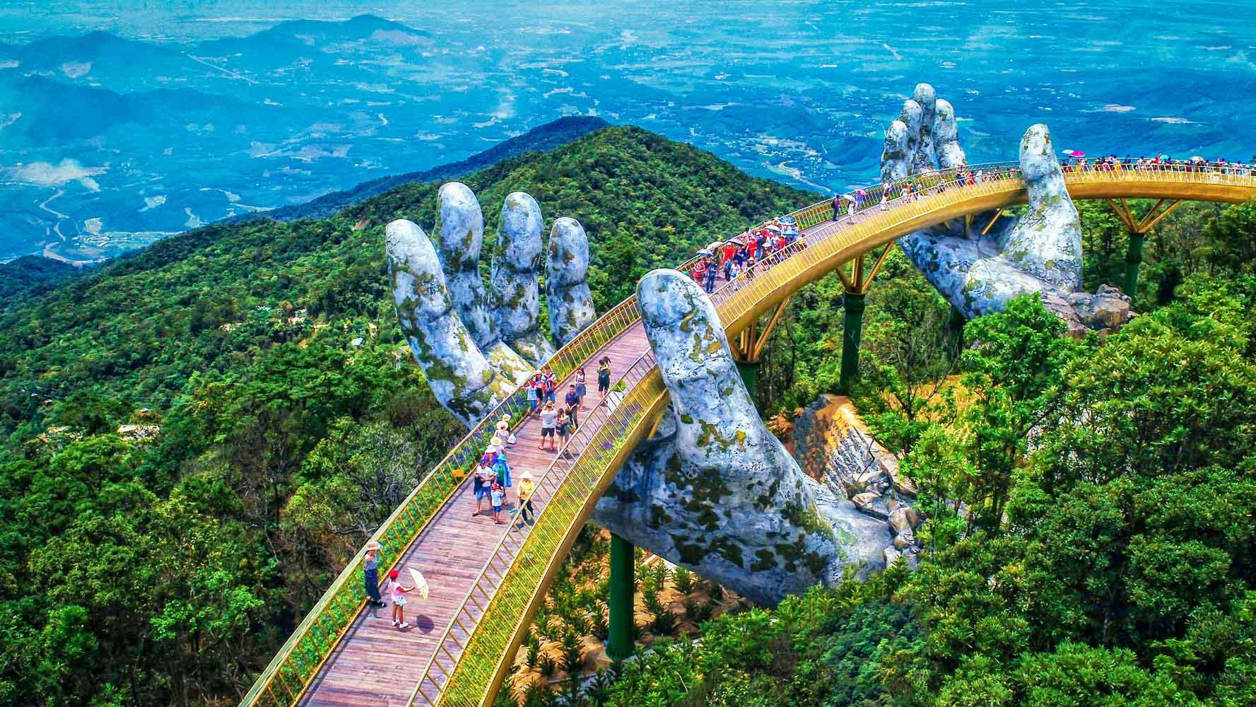 Đầu tư cho hạ tầng-Bí kíp giúp du lịch Việt Nam nâng tầm vị thế? - Ảnh 1.