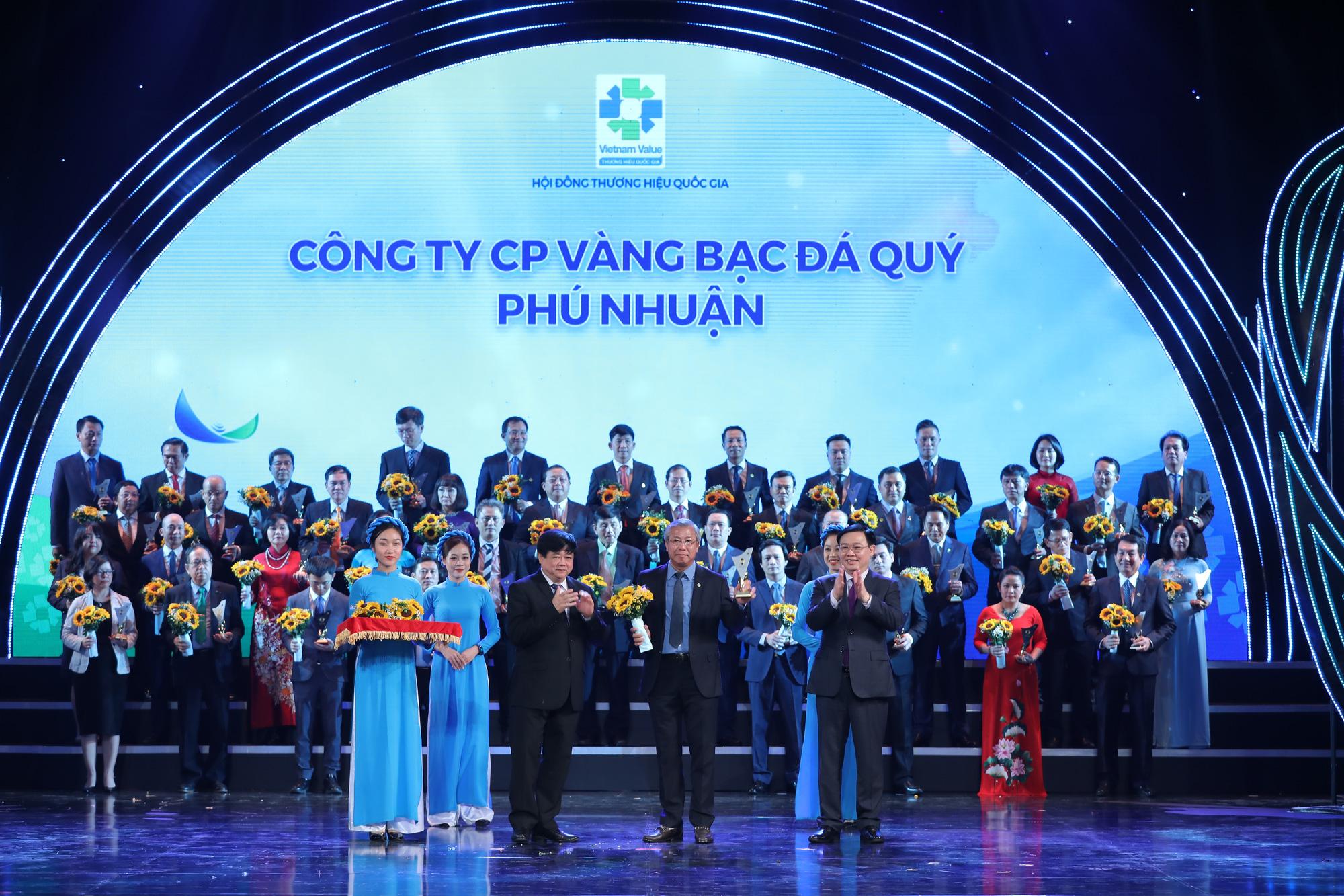 PNJ đạt thương hiệu Quốc gia 12 năm liên tiếp - Ảnh 1.