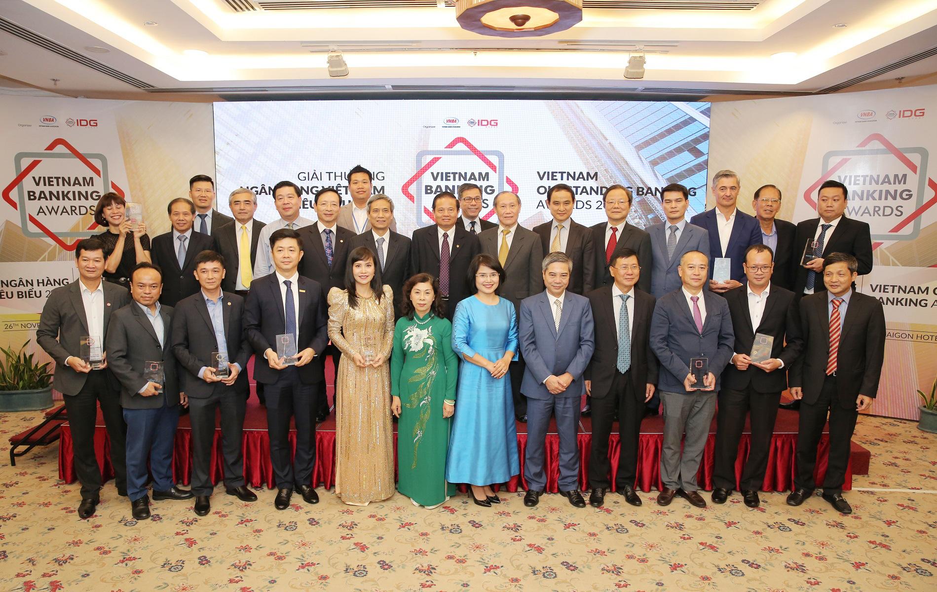"""Kienlongbank lần đầu tiên được vinh danh """"Ngân hàng tiêu biểu vì cộng đồng"""" - Ảnh 5."""