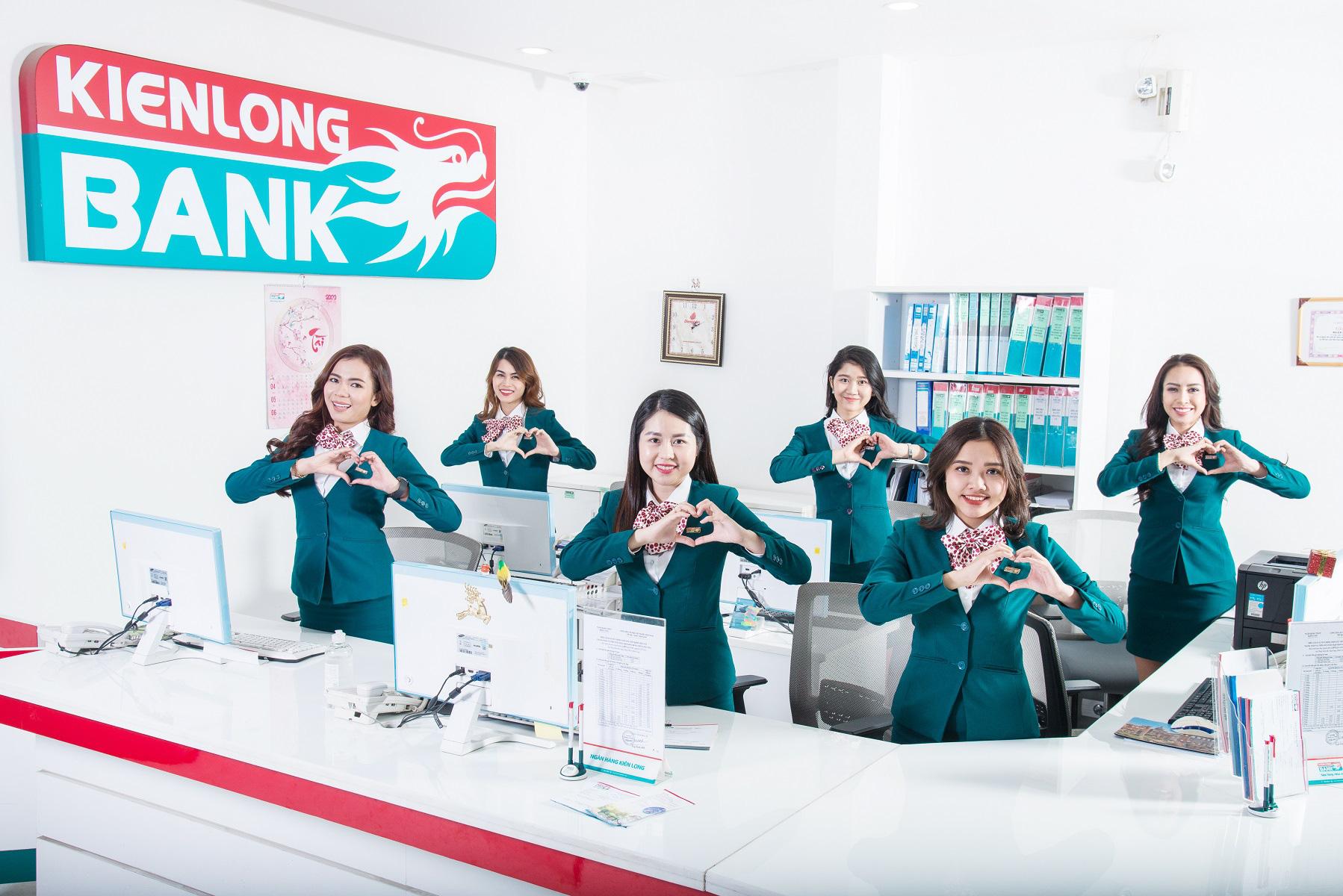 """Kienlongbank lần đầu tiên được vinh danh """"Ngân hàng tiêu biểu vì cộng đồng"""" - Ảnh 6."""