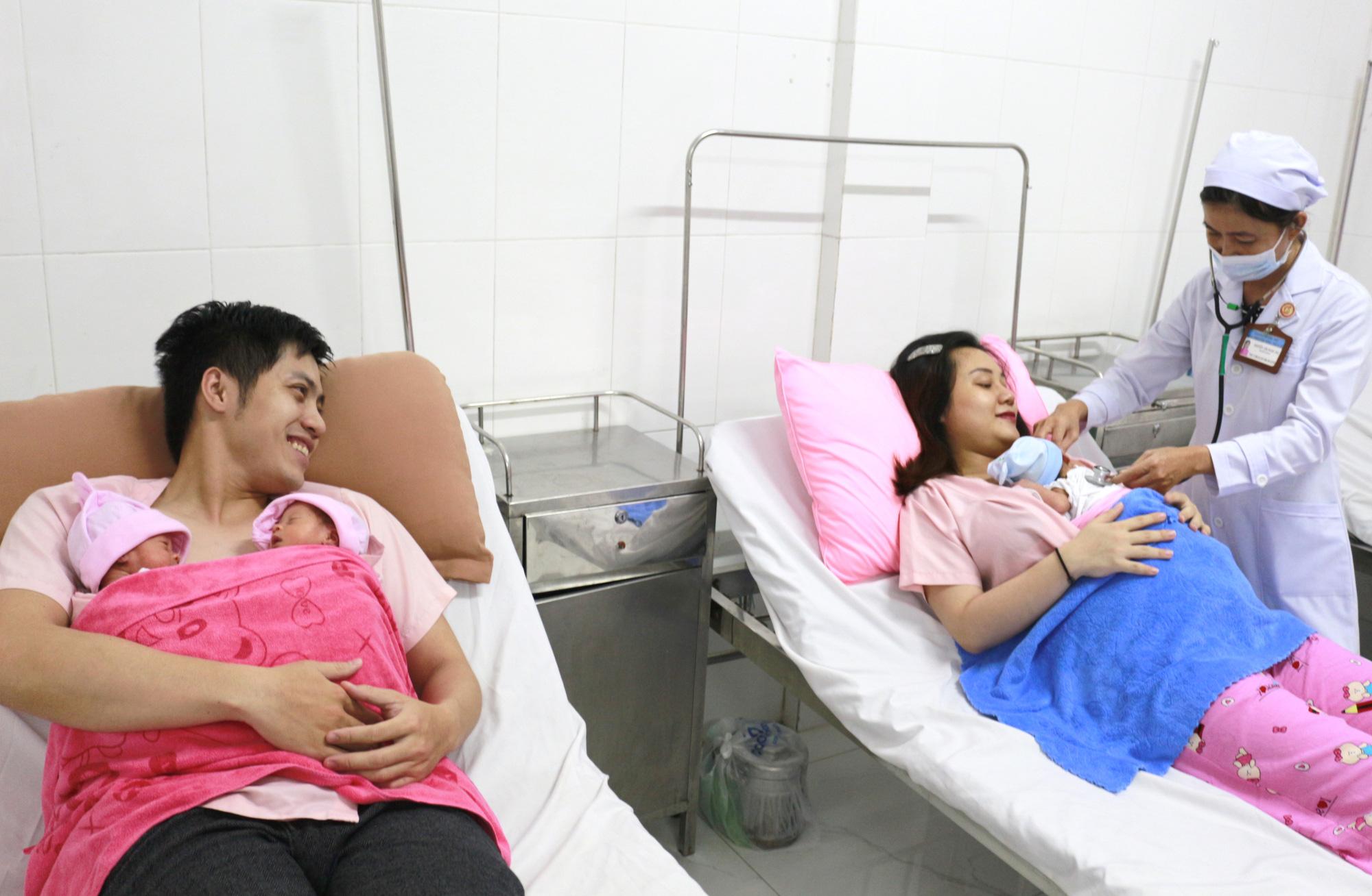 Cần Thơ: Hy hữu trong một tháng có 2 trường hợp tam thai tự nhiên hiếm gặp - Ảnh 4.