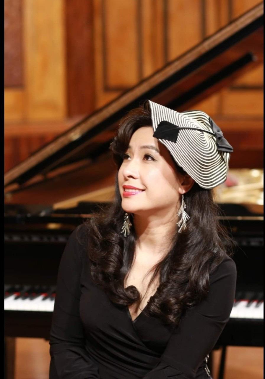 Ca sĩ Thùy Dung vẫn ngập tràn hạnh phúc khi rời xa sân khấu - Ảnh 1.