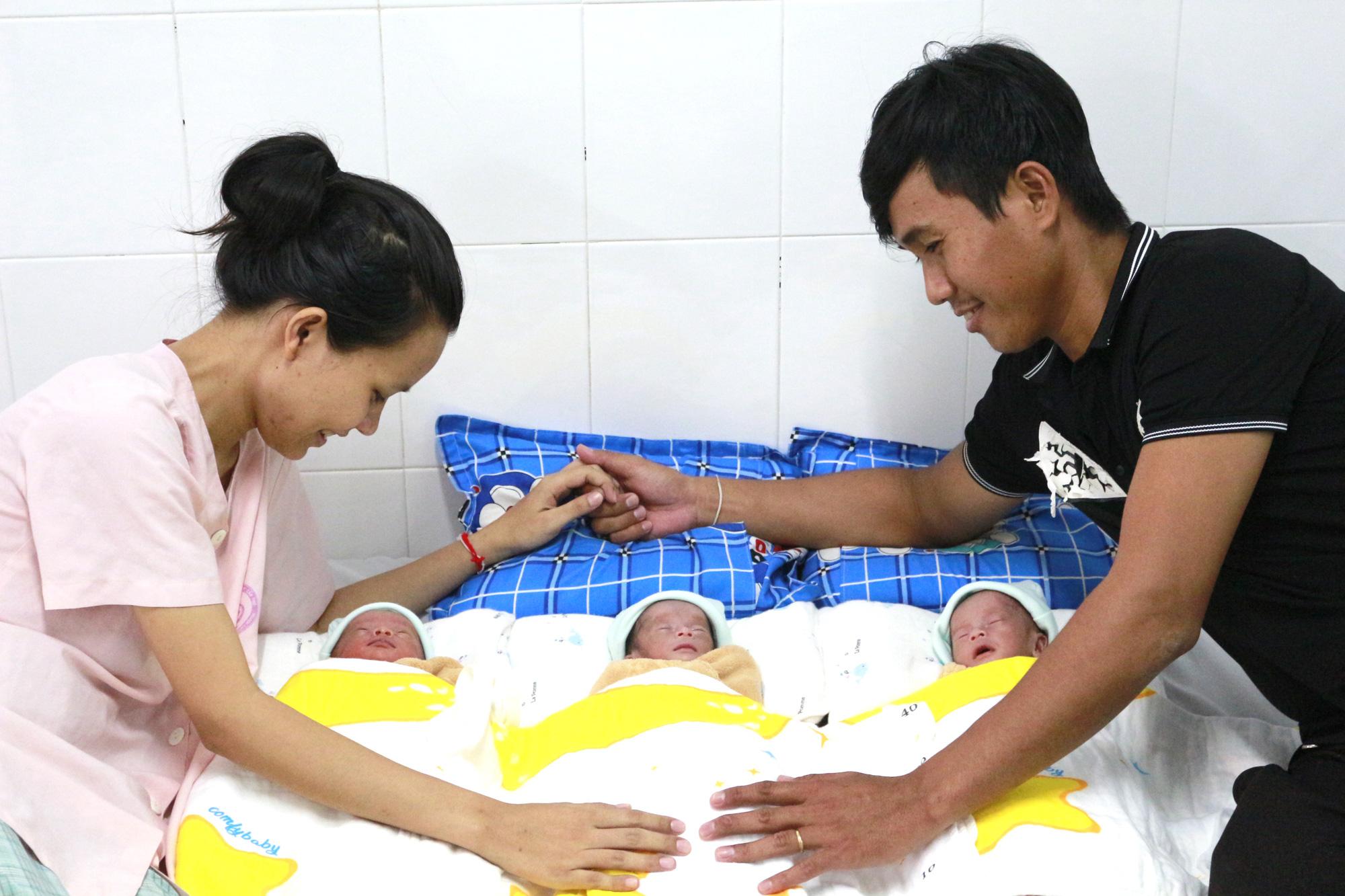 Cần Thơ: Hy hữu trong một tháng có 2 trường hợp tam thai tự nhiên hiếm gặp - Ảnh 2.