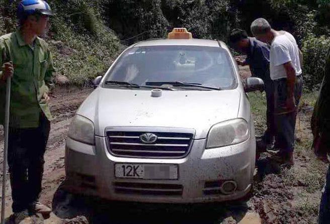 Giết tài xế taxi, ném xác xuống sông: 3 người Trung Quốc lĩnh án - Ảnh 2.