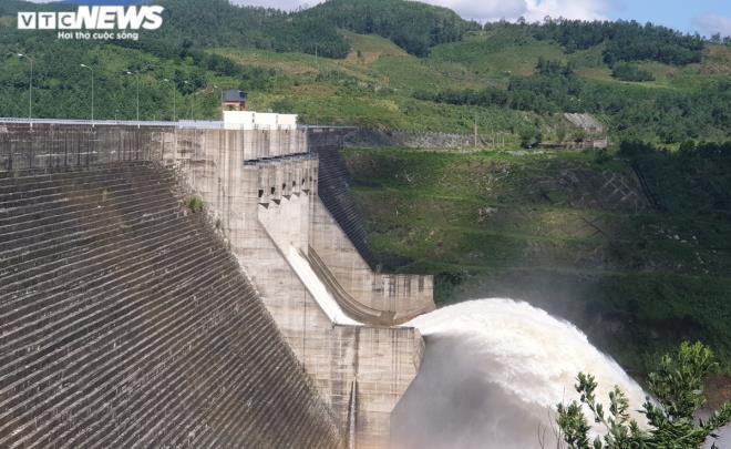 Quảng Nam thu hồi quyết định cho thuê hơn 31.000 m2 đất xây thủy điện - Ảnh 1.