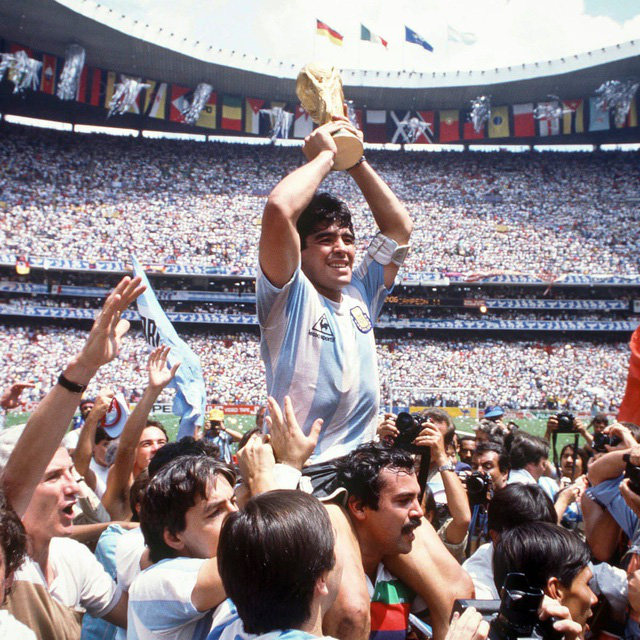 Nếu chỉ còn 1 ngày để sống, Maradona muốn làm điều gì? - Ảnh 2.