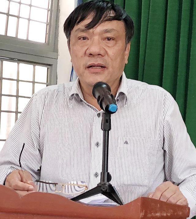 Quảng Ngãi: Chỉ đạo mượn tiền doanh nghiệp trả đền bù, nguyên Chủ tịch huyện bị kỷ luật  - Ảnh 1.