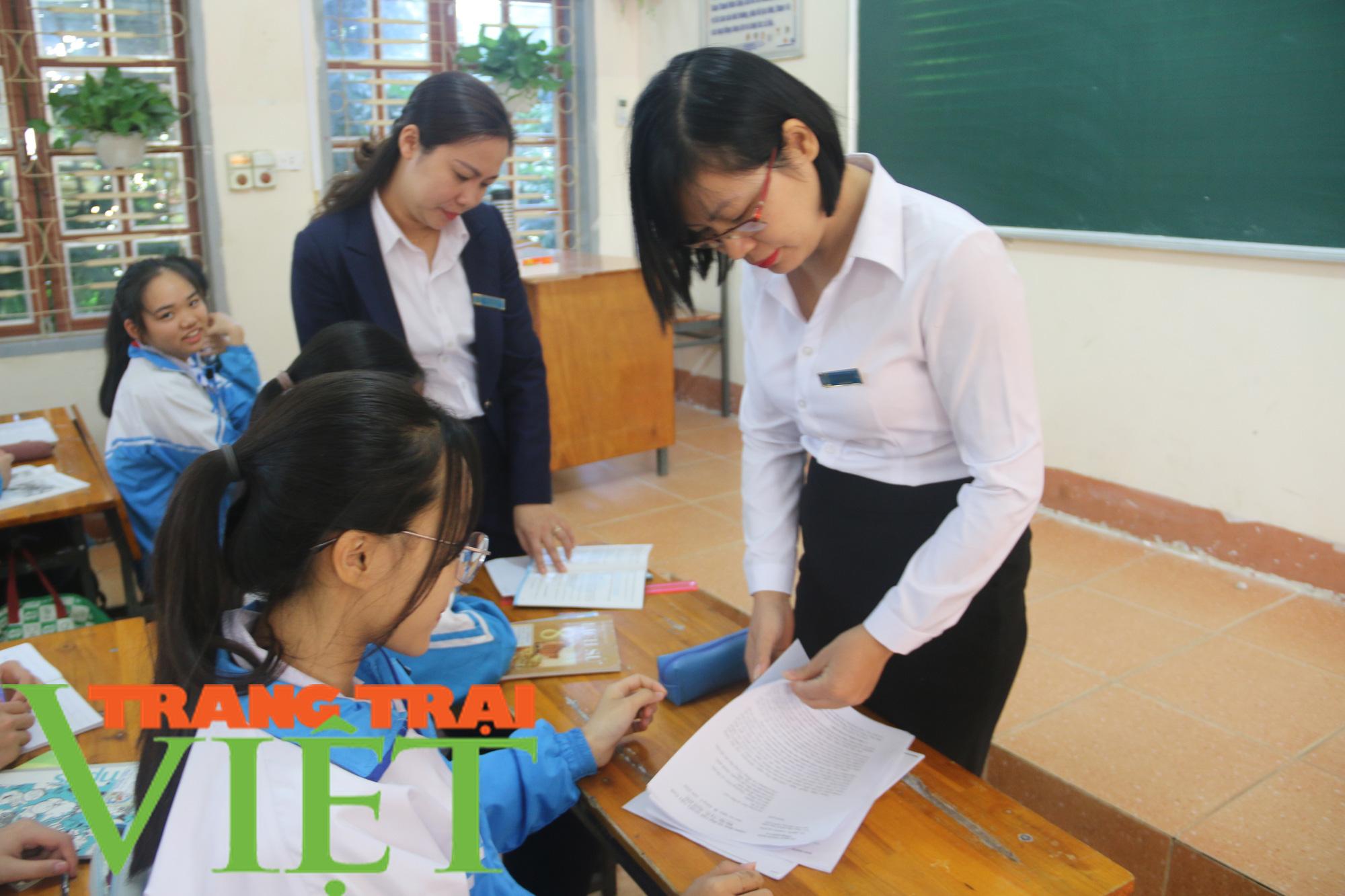 BHXH Mai Sơn: Thực hiện tốt bảo hiểm y tế học sinh - Ảnh 7.