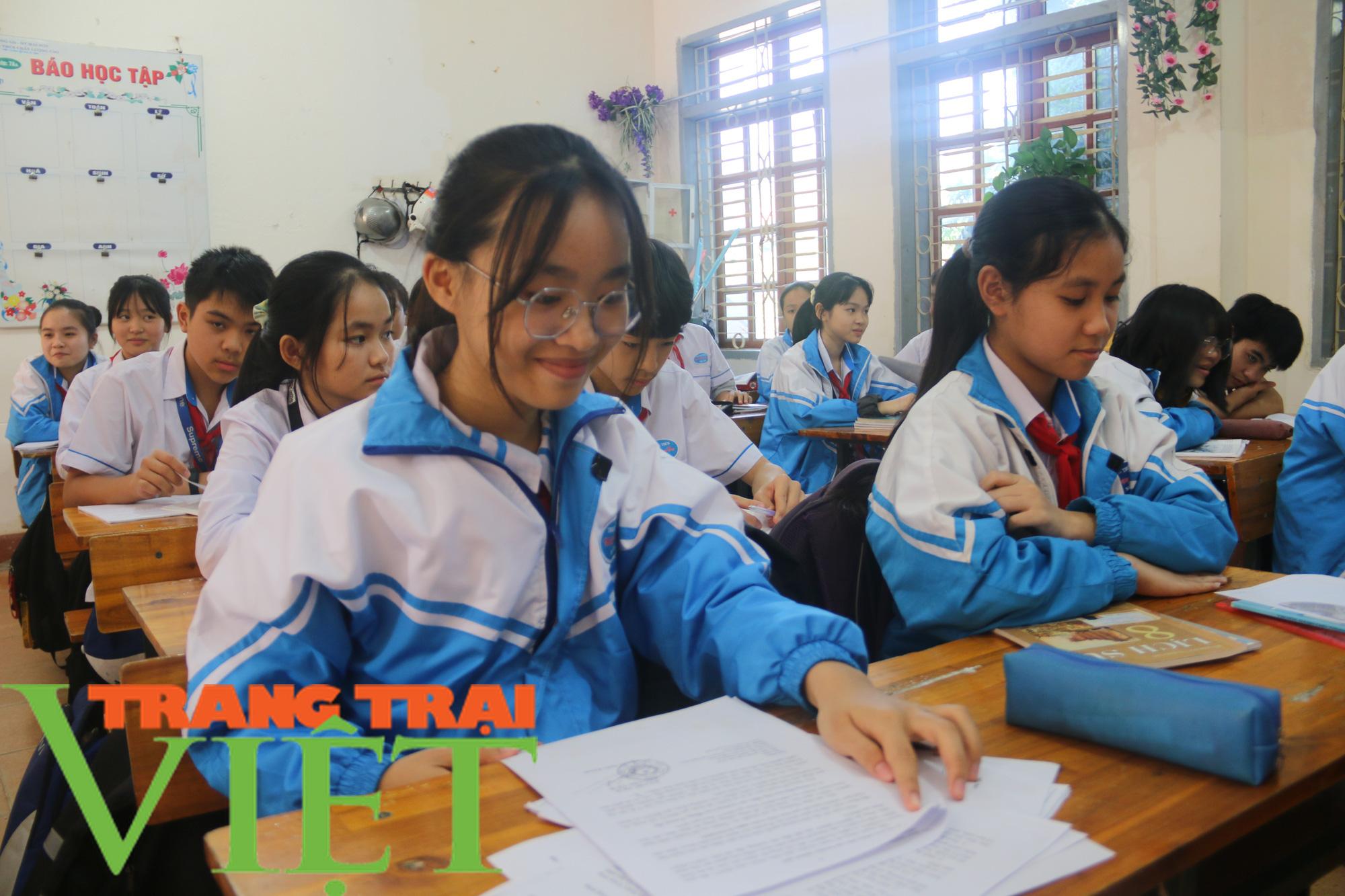 BHXH Mai Sơn: Thực hiện tốt bảo hiểm y tế học sinh - Ảnh 4.