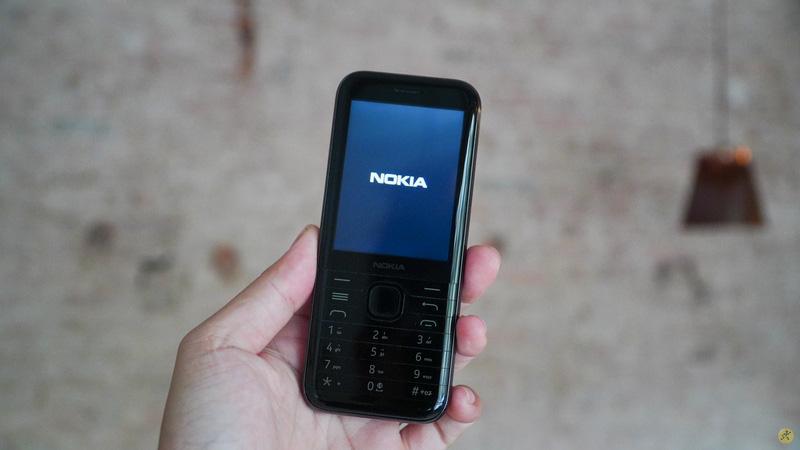 Tất tần tật về điện thoại Nokia 8000 đang gây chú ý - Ảnh 5.