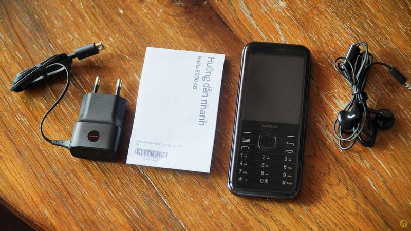 Tất tần tật về điện thoại Nokia 8000 đang gây chú ý - Ảnh 2.