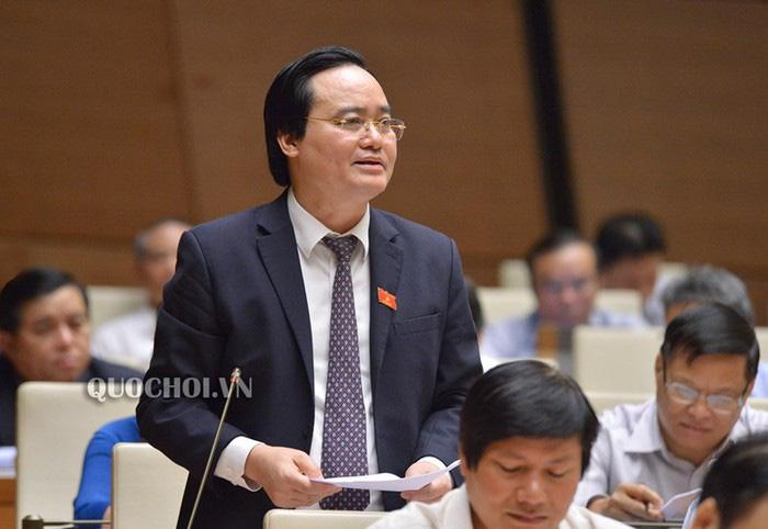 Bộ trưởng GDĐT Phùng Xuân Nhạ giải trình về sách giáo khoa lớp 1 mới tại Quốc hội - Ảnh 1.