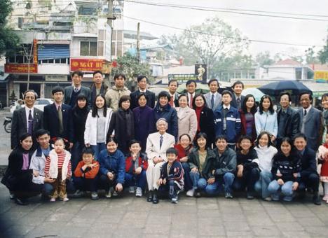 Tiết lộ về 3 danh gia vọng tộc bề thế bậc nhất Việt Nam - Ảnh 10.