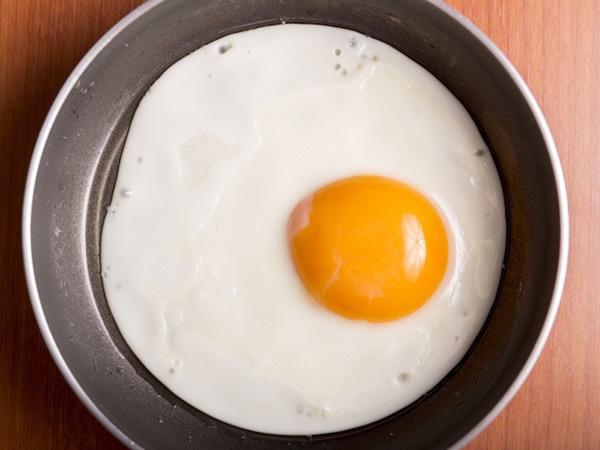Muốn có món trứng ốp la hoàn hảo, cần ghi nhớ mẹo hay này - Ảnh 5.