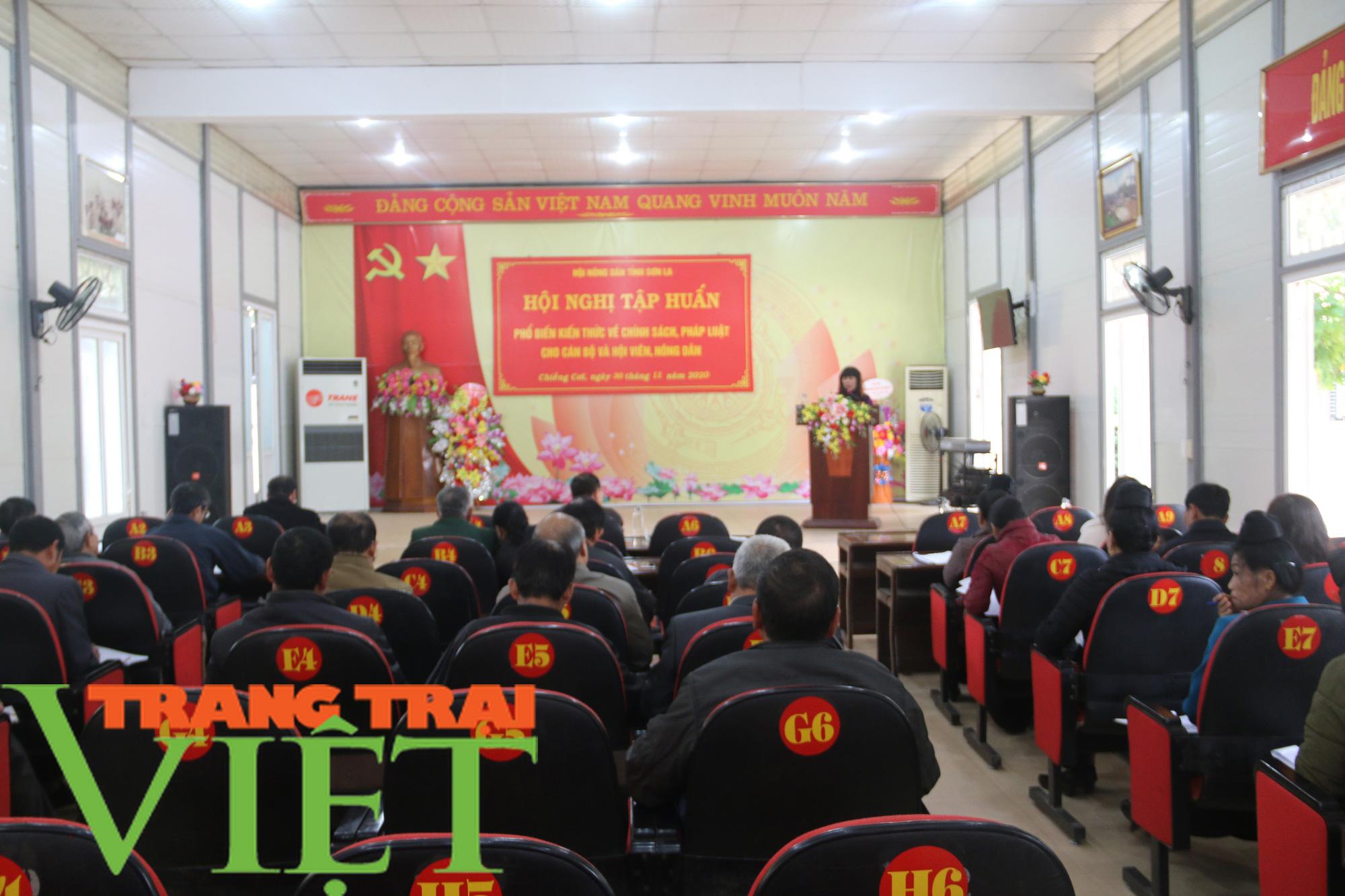 Hội Nông dân Sơn La: Tập huấn kiến thức pháp luật cho hội viên - Ảnh 1.