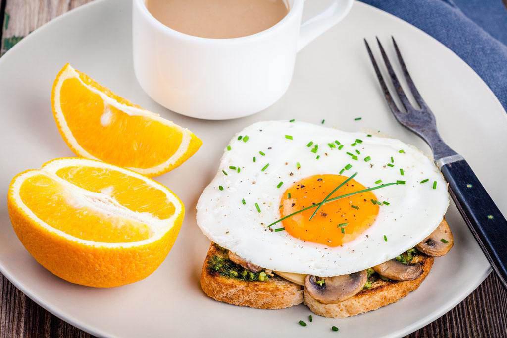 Muốn có món trứng ốp la hoàn hảo, cần ghi nhớ mẹo hay này - Ảnh 2.