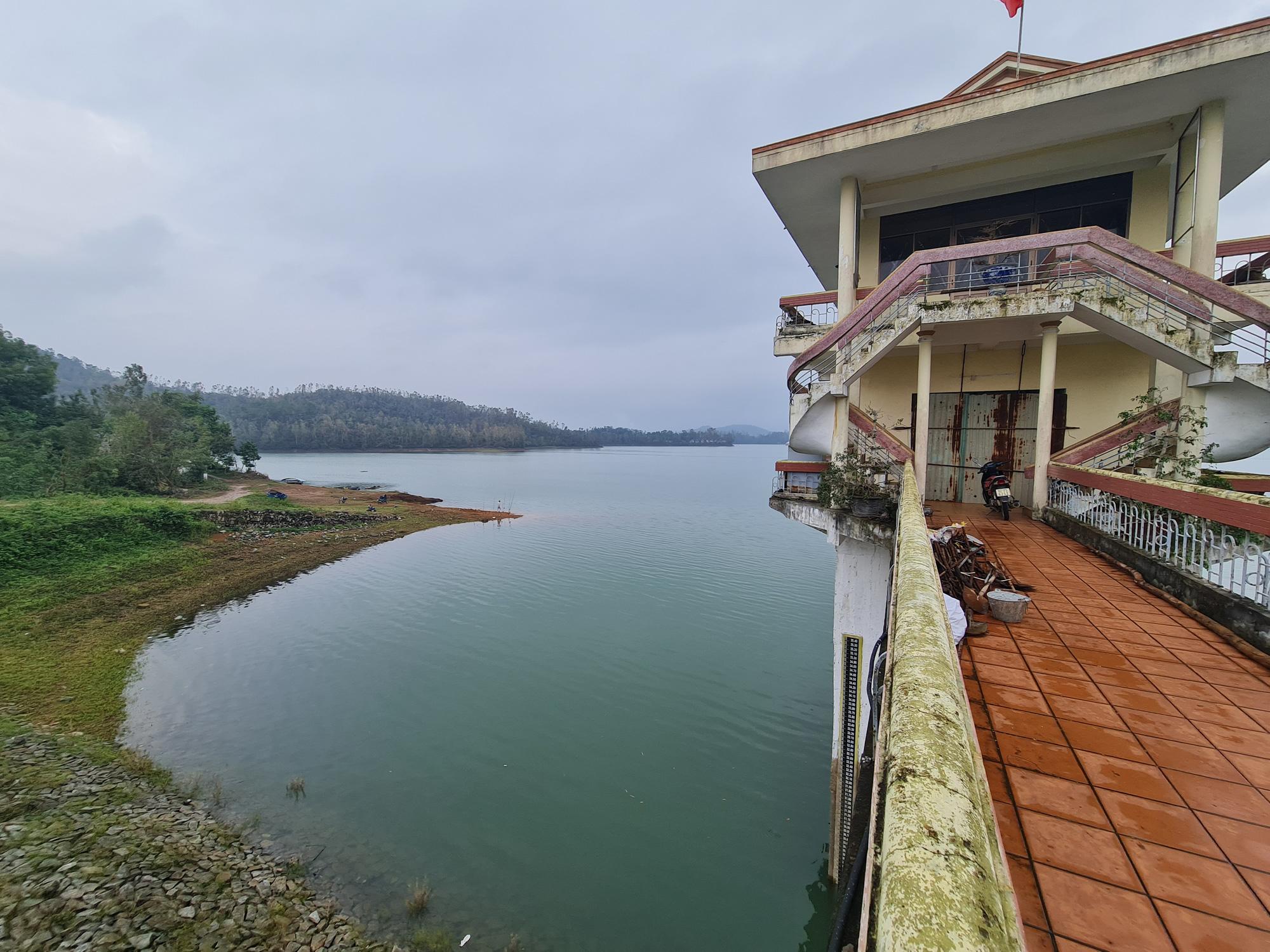 Quảng Nam: Hồ Phú Ninh an toàn, còn chứa khoảng 200 triệu mét khối nước - Ảnh 3.