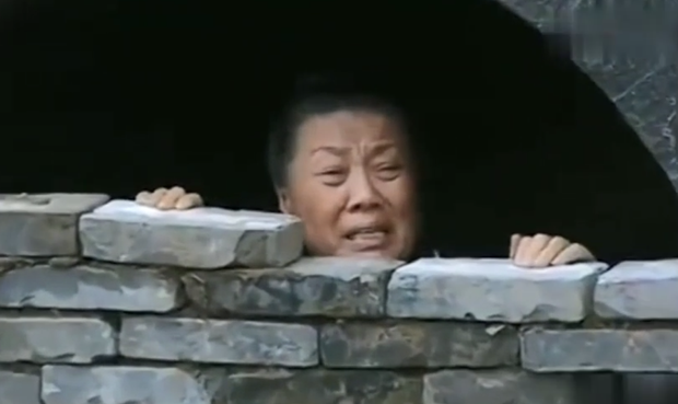 """Phong tục tang lễ tàn khốc nhất Trung Quốc: """"Chôn sống"""" cha mẹ già - Ảnh 7."""