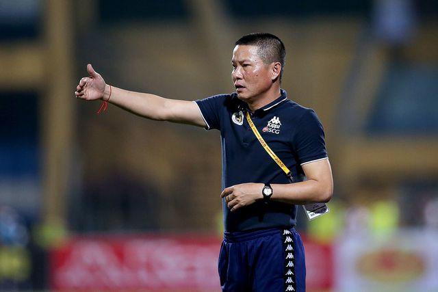 Tin sáng (5/11): Hà Nội FC nhận hung tin khi đua vô địch với Viettel - Ảnh 1.
