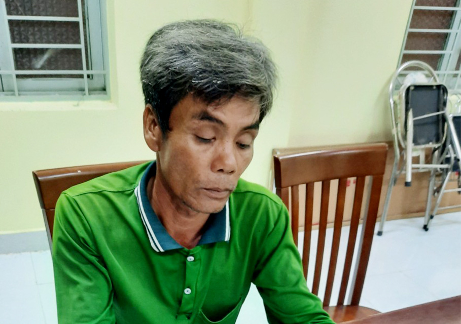 An Giang: Khởi tố, tạm giam 4 đối tượng vận chuyển 51kg vàng từ Campuchia về Việt Nam   - Ảnh 4.