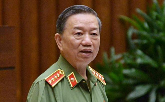 Đại tướng Tô Lâm trả lời ĐBQH Lưu Bình Nhưỡng về chuyện Công an thu tiền của dân buôn dịp lễ tết - Ảnh 1.