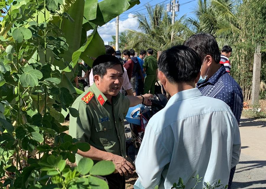 An Giang: Khởi tố, tạm giam 4 đối tượng vận chuyển 51kg vàng từ Campuchia về Việt Nam   - Ảnh 1.