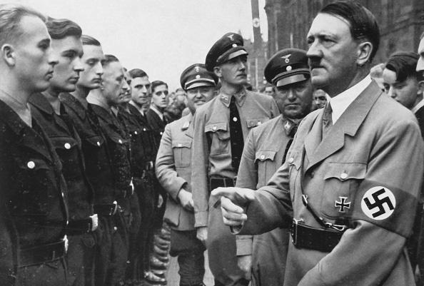 Tại sao Tưởng Giới Thạch muốn ám sát Adolf Hitler? - Ảnh 1.