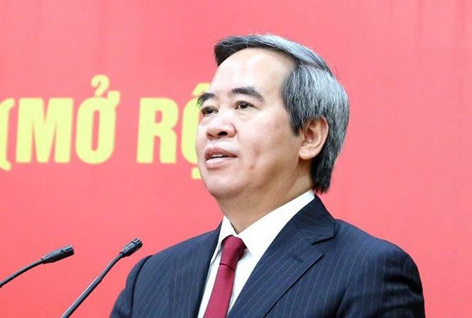 Bộ Chính trị kỷ luật cảnh cáo Trưởng Ban Kinh tế Trung ương Nguyễn Văn Bình - Ảnh 1.