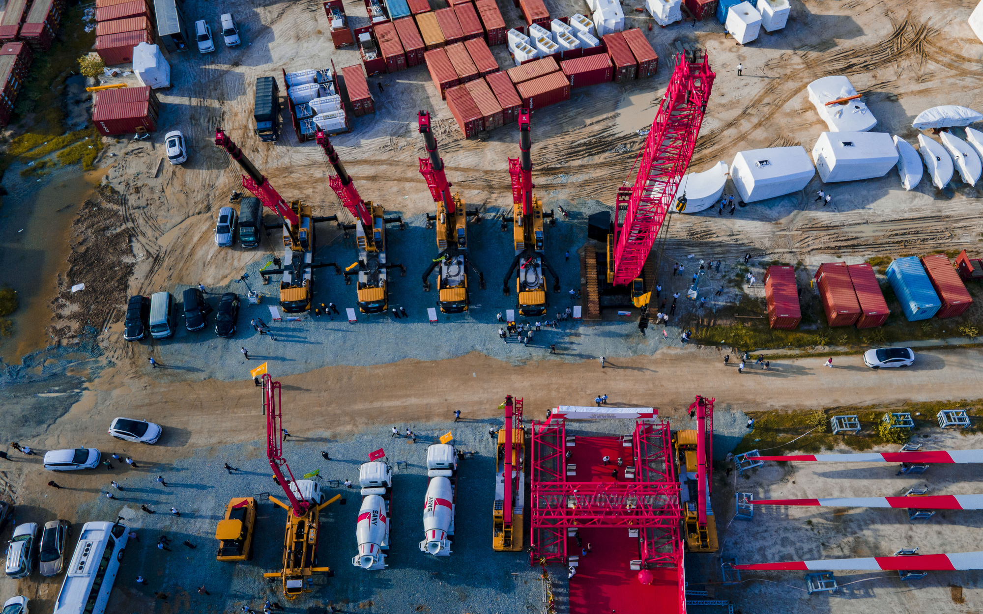 Lễ bàn giao thiết bị phục vụ dự án năng lượng tái tạo trị giá 67 triệu USD   - Ảnh 3.