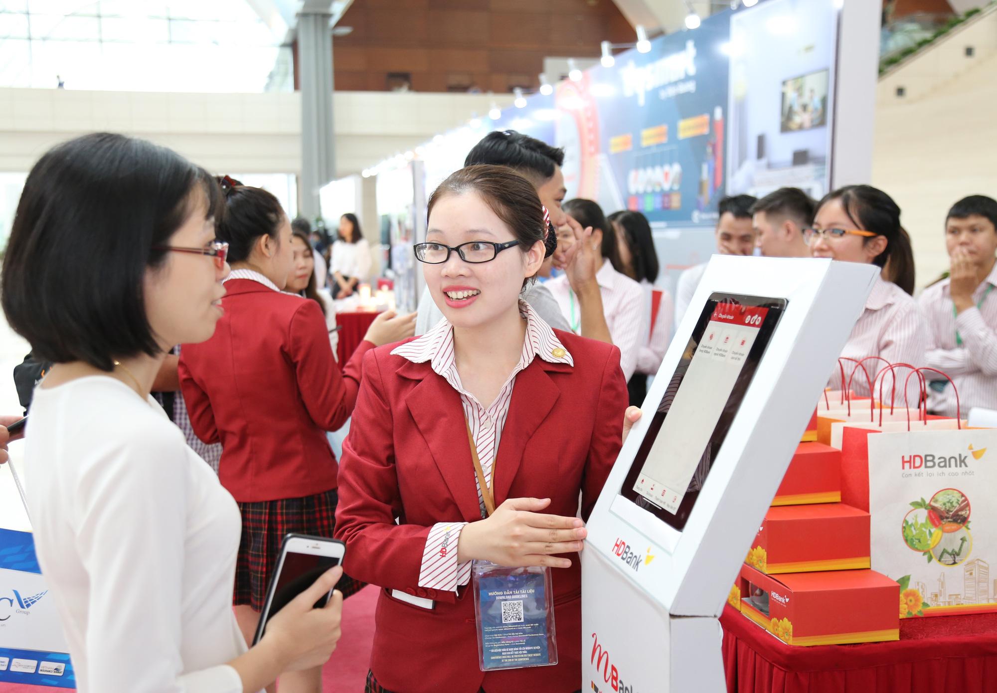 HDBank tung chuỗi ưu đãi siêu hấp dẫn nhân Ngày Thẻ Việt Nam 2020 - Ảnh 2.