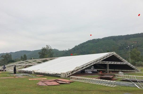Đám cưới Công Phượng tại Nghệ An: Diện tích 1.440 m2, tốn gần 1 tỷ đồng - Ảnh 2.