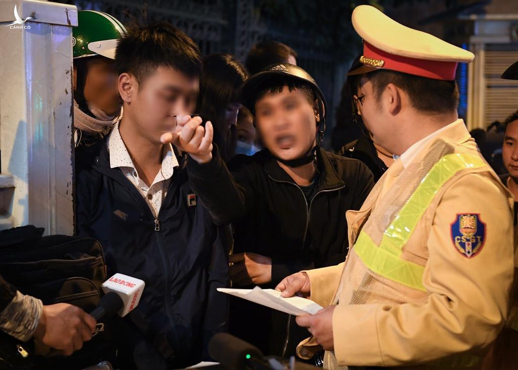 Gần 80 người thương vong do tai nạn giao thông trong 3 ngày nghỉ Tết Dương lịch  - Ảnh 1.
