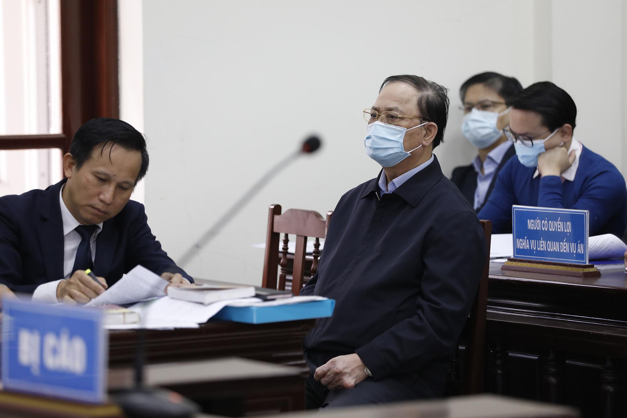 Vì sao đô đốc Nguyễn Văn Hiến xin hưởng án treo? - Ảnh 1.