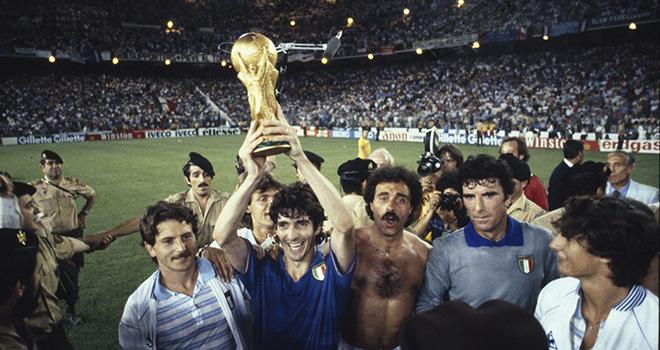 Vua phá lưới World Cup 1982 Paolo Rossi đột ngột qua đời - Ảnh 3.
