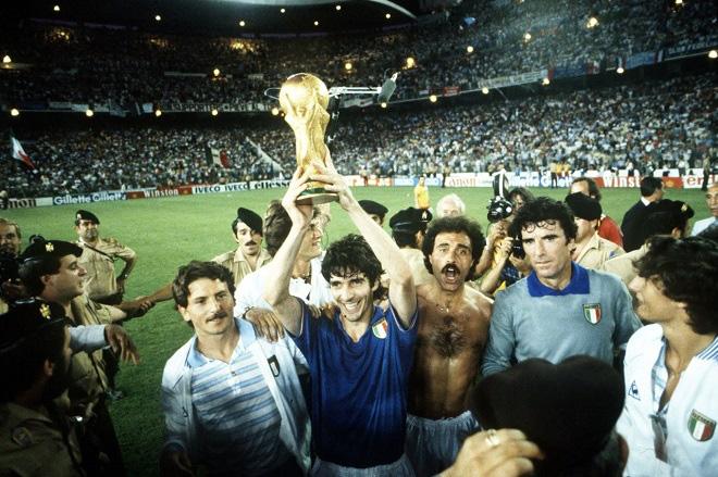 Vua phá lưới World Cup 1982 Paolo Rossi đột ngột qua đời - Ảnh 1.