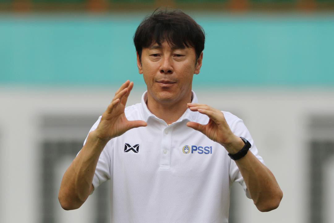 """HLV Shin Tae-yong đột nhiên """"mất tích"""", ĐTQG Indonesia nguy cơ """"toang"""" - Ảnh 3."""