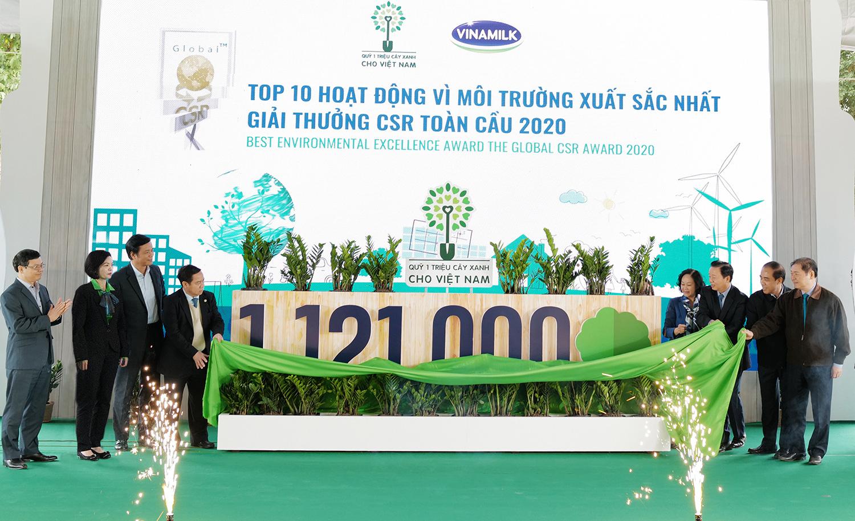 Vinamilk vững vàng vị trí dẫn đầu Top 100 doanh nghiệp bền vững Việt Nam năm 2020 - Ảnh 9.