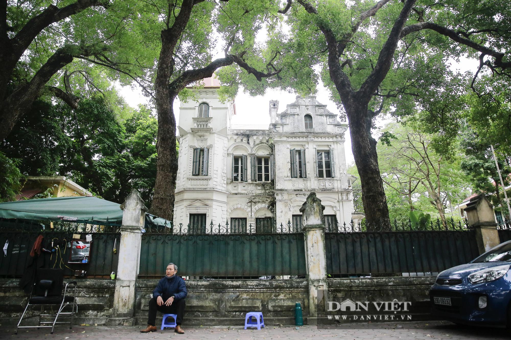 Khám phá dinh thự thứ 8 rộng 2000m2 của vua Bảo Đại tại Hà Nội - Ảnh 1.