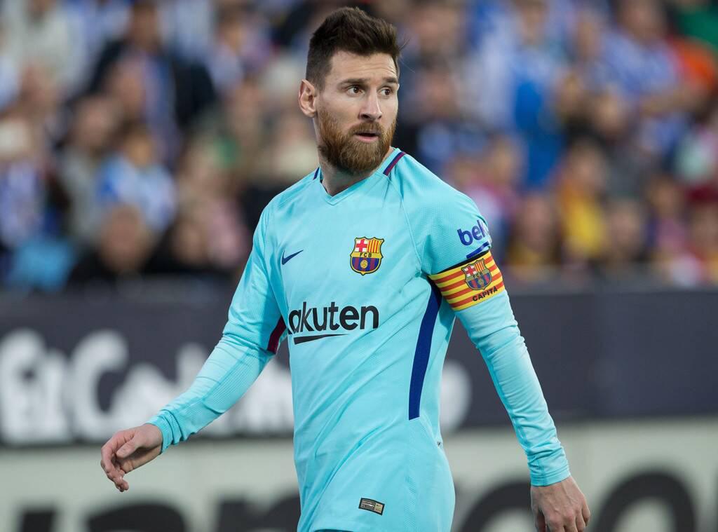 """Hé lộ chân dài cho Messi, CR7 """"hít khói"""" về khả năng kiếm tiền trong năm 2020 - Ảnh 4."""