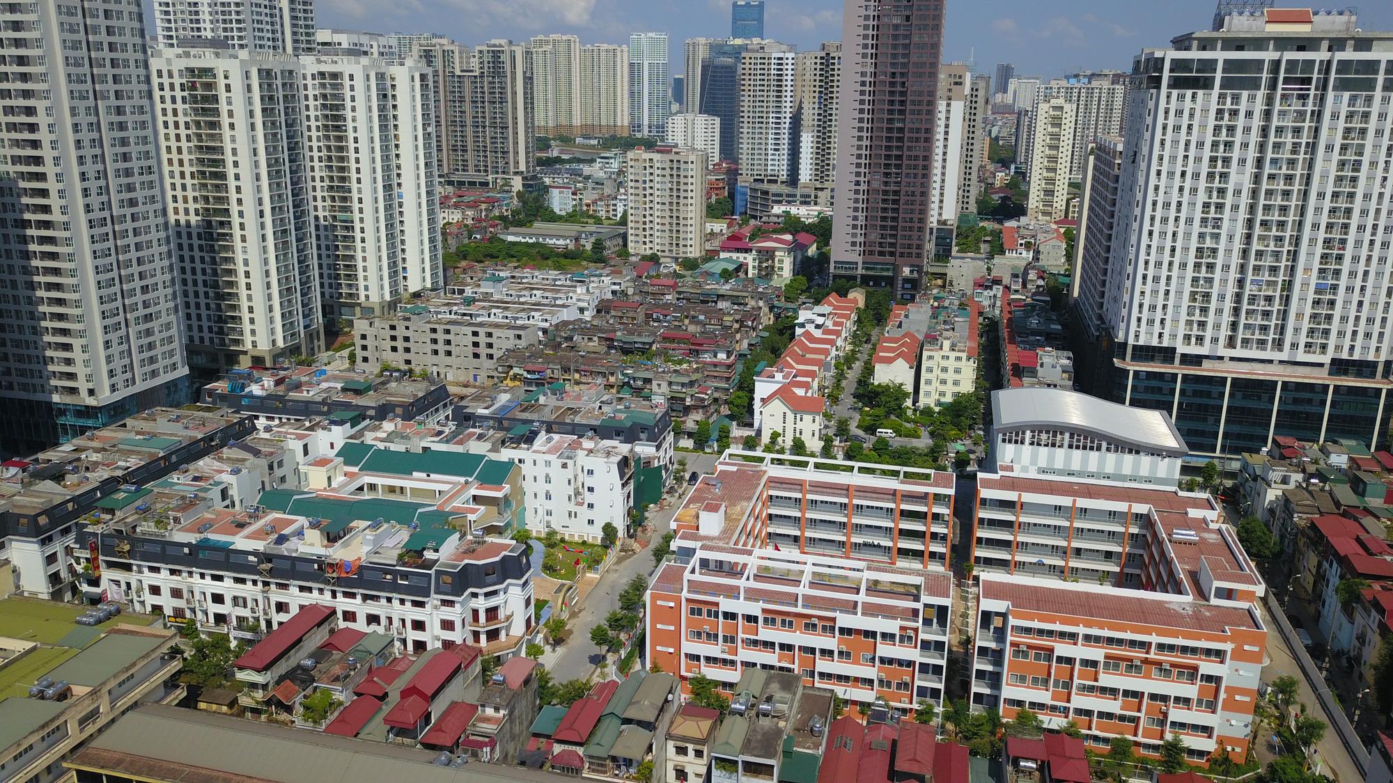 Dự báo thị trường bất động sản 2021 - Ảnh 1.