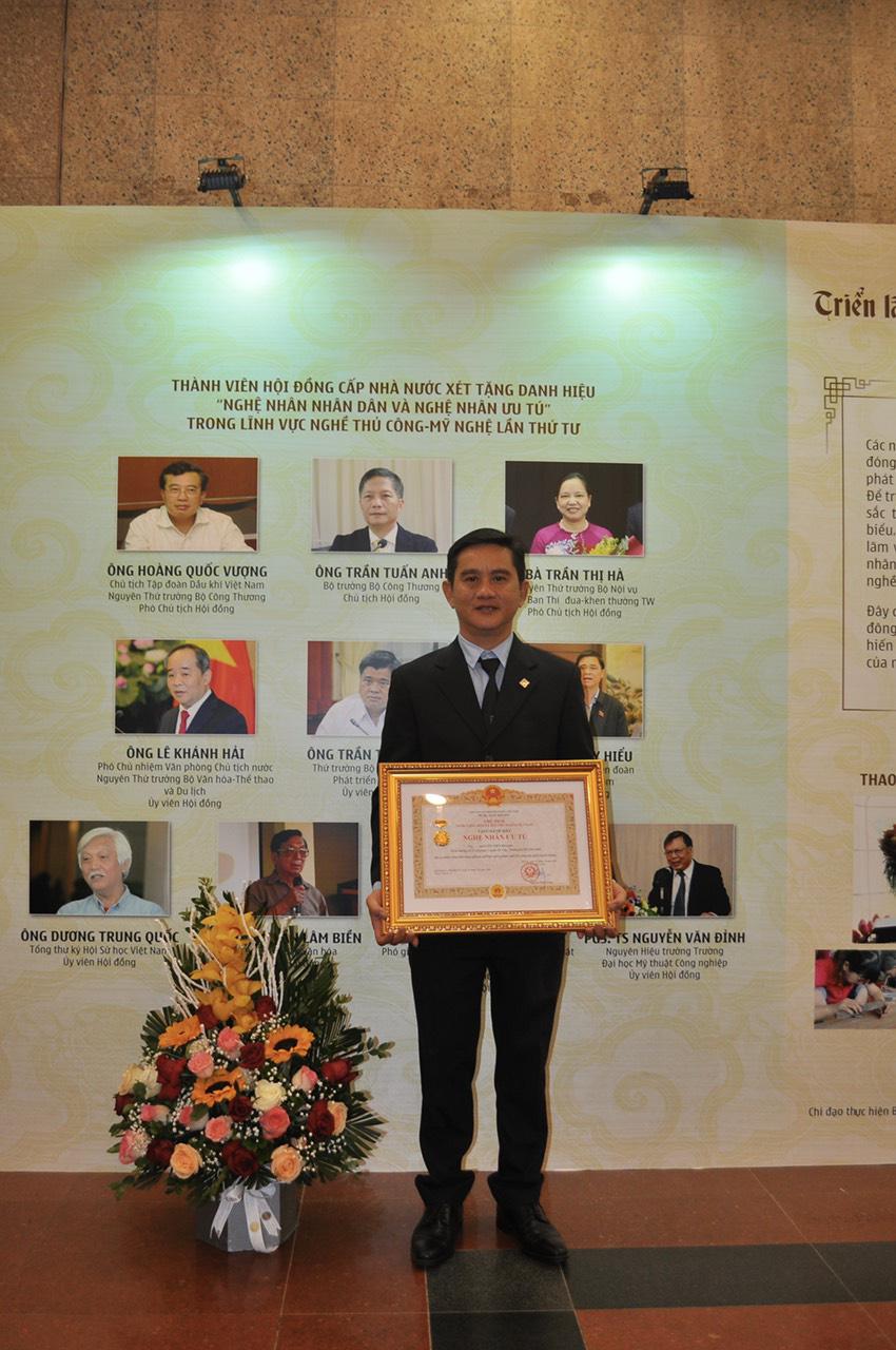 PNJ vinh dự có 6 nghệ nhân được trao tặng danh hiệu nghệ nhân ưu tú ngành Kim Hoàn - Ảnh 4.