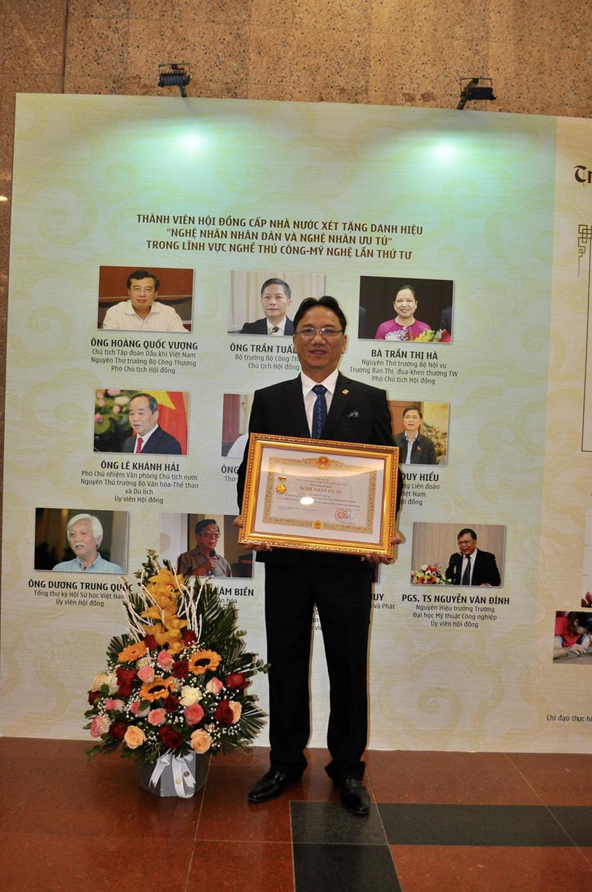 PNJ vinh dự có 6 nghệ nhân được trao tặng danh hiệu nghệ nhân ưu tú ngành Kim Hoàn - Ảnh 5.