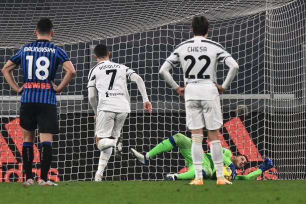 Ronaldo sút hỏng phạt đền, Juventus đứt mạch toàn thắng - Ảnh 3.