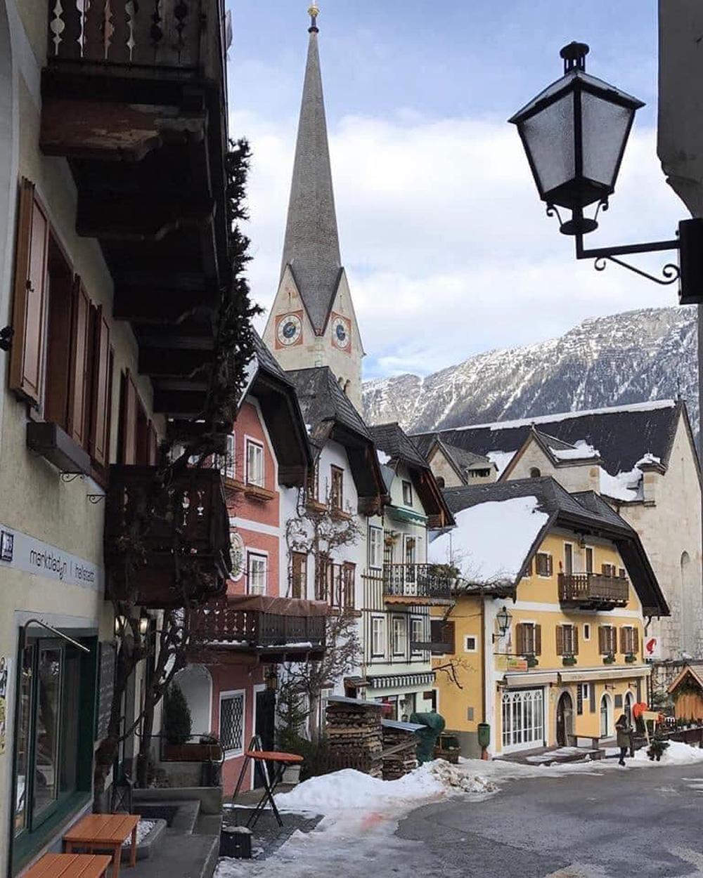 Làng cổ 7.000 năm tuổi Hallstatt đẹp mê mẩn vào mùa đông - Ảnh 6.