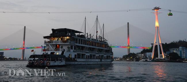 """Quảng Ninh vượt """"bão"""" Covid-19, tiếp tục đầu tư mạnh cho du lịch - Ảnh 1."""